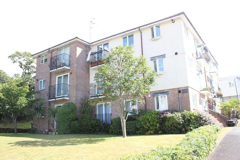 2 Bedrooms Flat for sale in White Friars Lane, St Judes, Plymouth