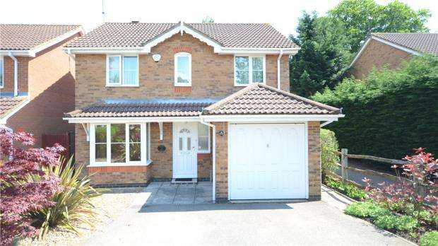 4 Bedrooms Detached House for sale in Julius Hill, Warfield, Berkshire