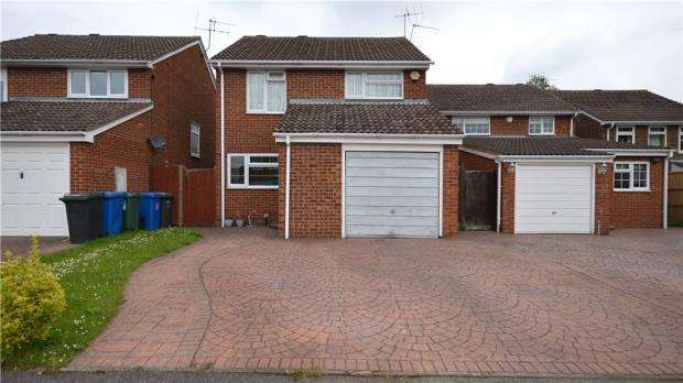 3 Bedrooms Detached House for sale in Sandy Mead, Maidenhead, Berkshire