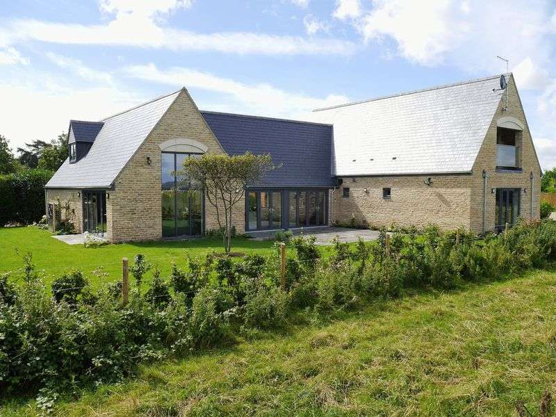 5 Bedrooms Detached House for sale in Appleton