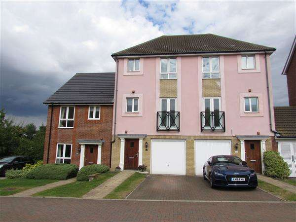 4 Bedrooms Town House for sale in Saturn Road, Ipswich