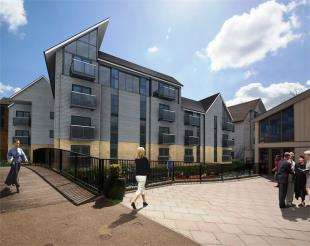 2 Bedrooms Flat for sale in Canterbury Waterside, Stour Street, Canterbury
