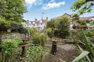 2 Bedrooms Terraced House for sale in South Road, Brighton, East Sussex