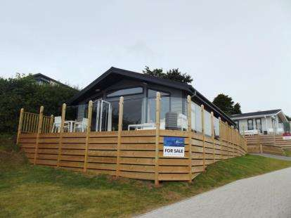 2 Bedrooms Bungalow for sale in Coast View, Torquay Road, Shaldon