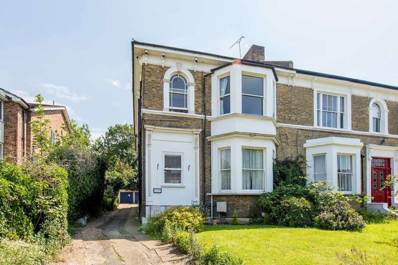 1 Bedroom Flat for sale in Adelaide Road, Surbiton, KT6