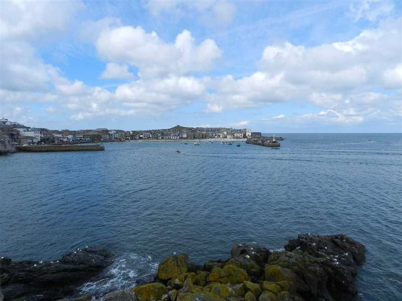 1 Bedroom Flat for sale in Crab Rock, 27 The Warren, St Ives