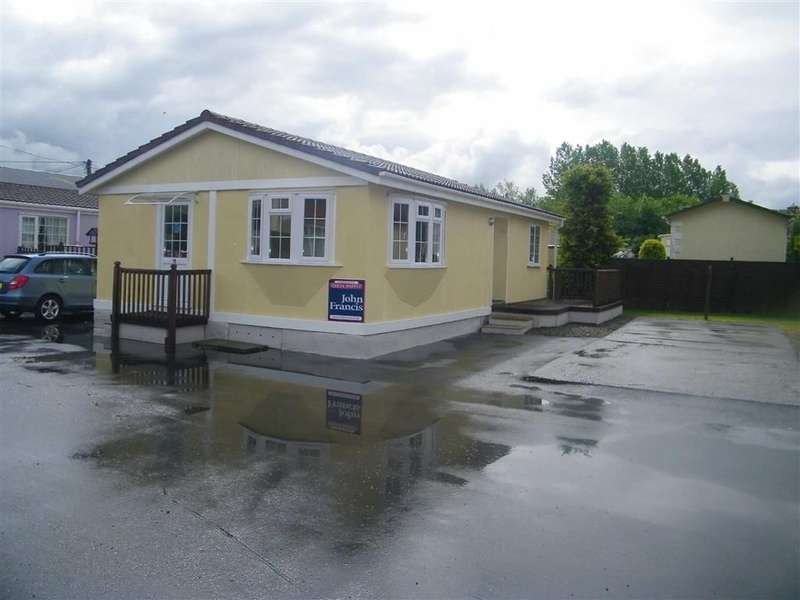 2 Bedrooms Property for sale in Willow Park, Whitland, Carmarthenshire