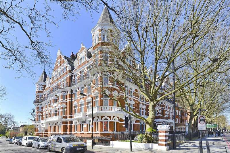 3 Bedrooms Flat for sale in Cunningham Court, London, W9