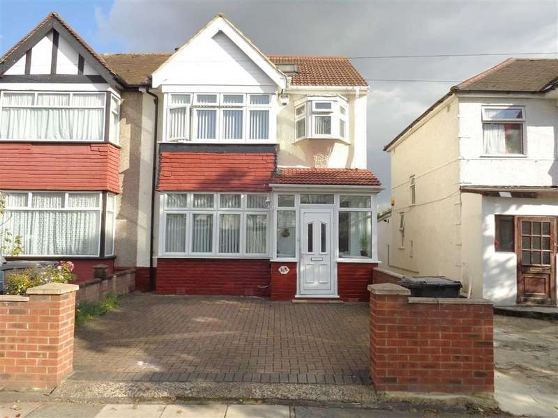 4 Bedrooms Property for sale in Rutland Road, Southall, Middlesex