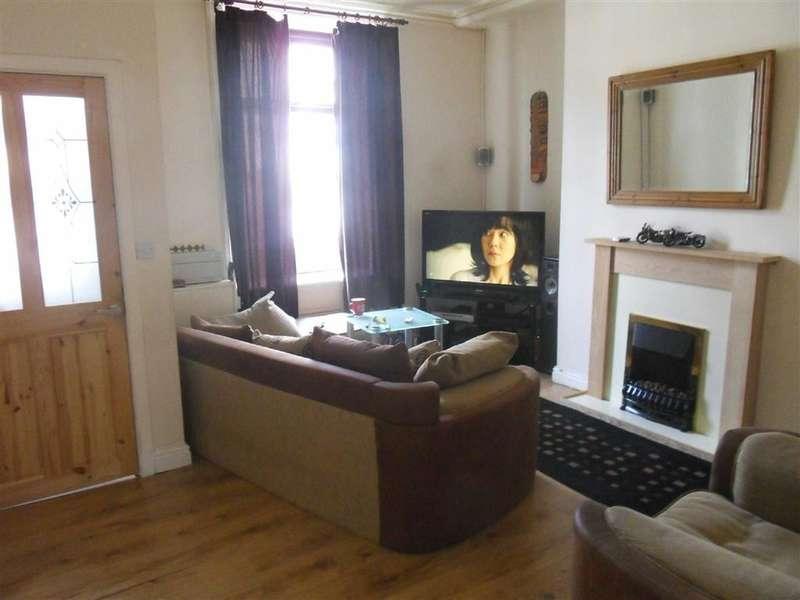 2 Bedrooms Property for sale in Hollins Grove Street, Darwen, Lancashire
