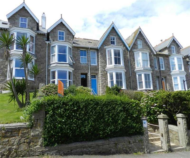 4 Bedrooms Property for sale in Pednolver Terrace, St Ives