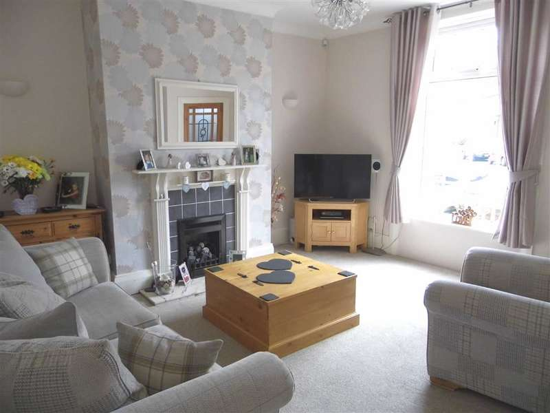 2 Bedrooms Property for sale in 10, Craven Street, Cowlersley, Huddersfield