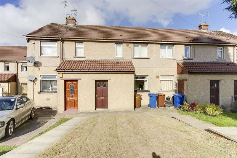 2 Bedrooms Flat for sale in Sowclough Road, Bacup