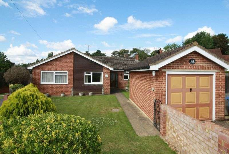3 Bedrooms Detached Bungalow for sale in Laburnham Road, Maidenhead