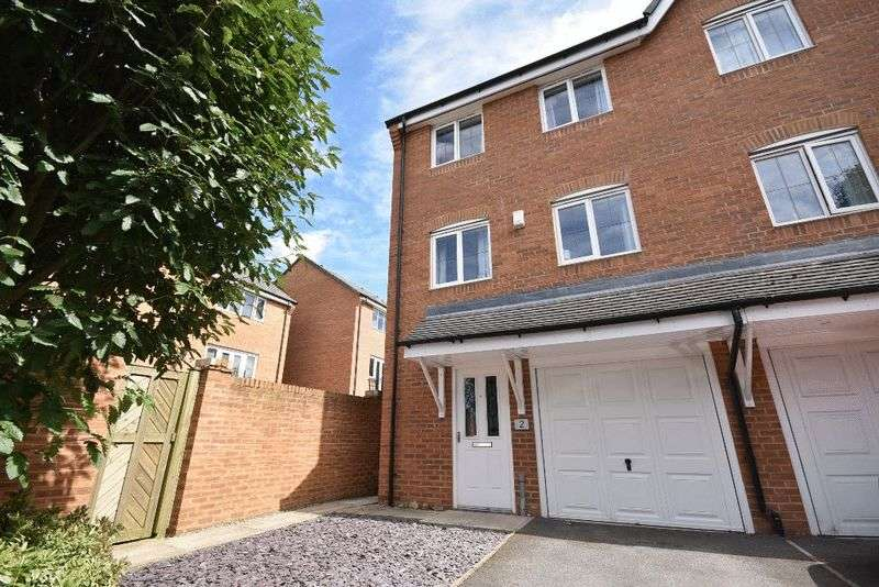 4 Bedrooms House for sale in Redshank Place, Horbury