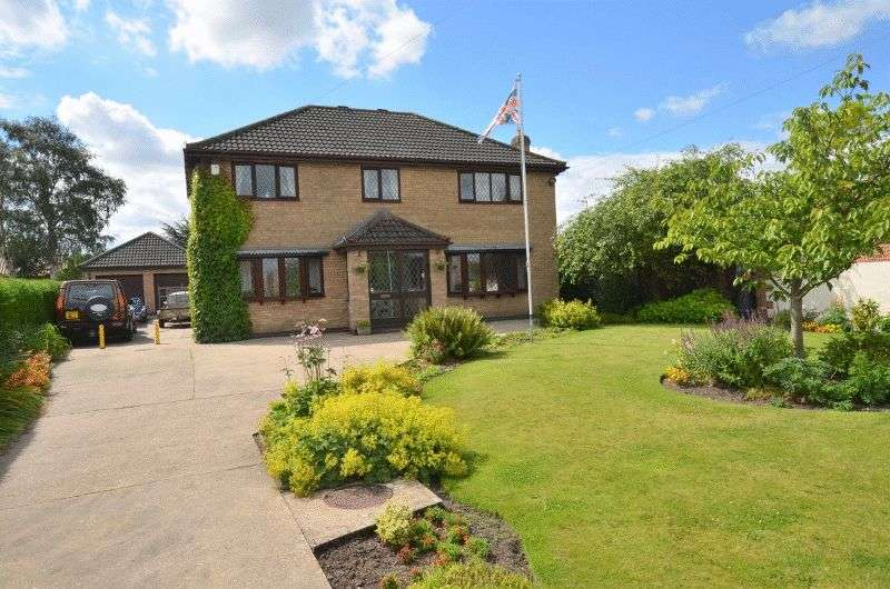 4 Bedrooms Detached House for sale in High Street, Scotter, Gainsborough