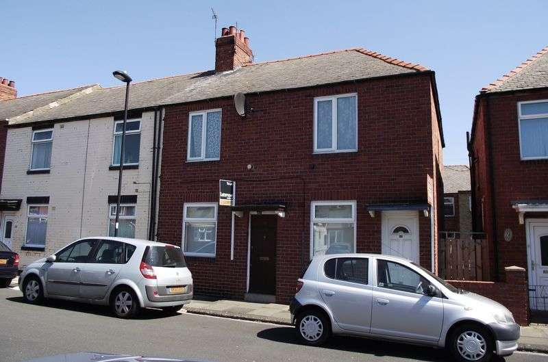 2 Bedrooms Flat for sale in ** PRIVATE YARD ** John Street, Wallsend