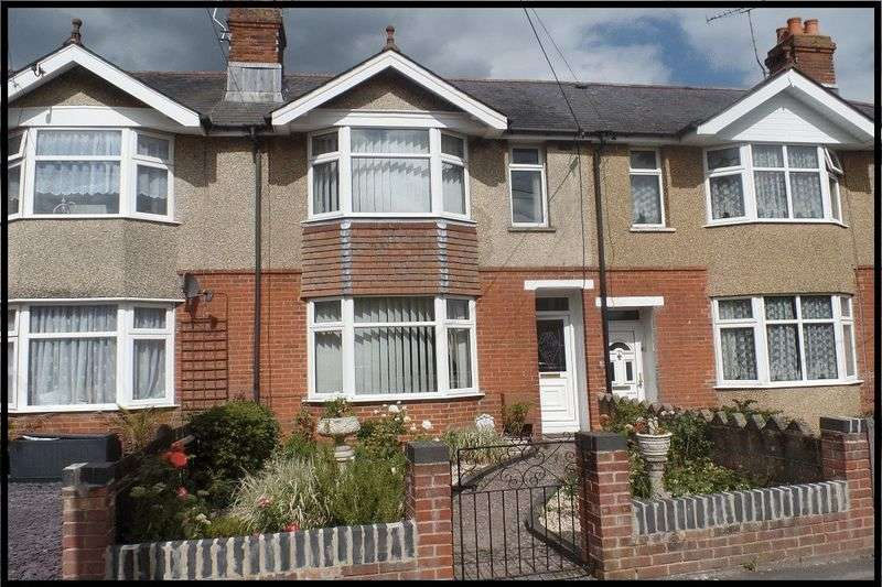 3 Bedrooms Terraced House for sale in Downs Park Road, Eling