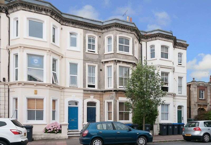 1 Bedroom Flat for sale in Selden Road, Worthing
