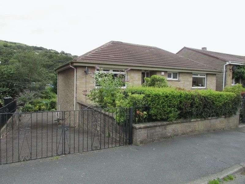 2 Bedrooms Detached House for sale in Caldene Avenue, Mytholmroyd
