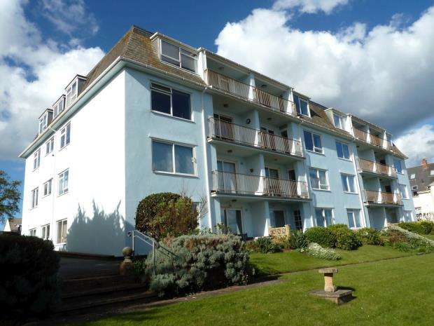 2 Bedrooms Flat for sale in Otterbourne Court, 6 Coastguard Road, Budleigh Salterton, Devon