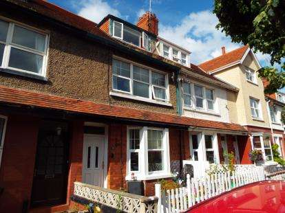 4 Bedrooms Terraced House for sale in Victoria Avenue, Llandudno, ., Conwy, LL30