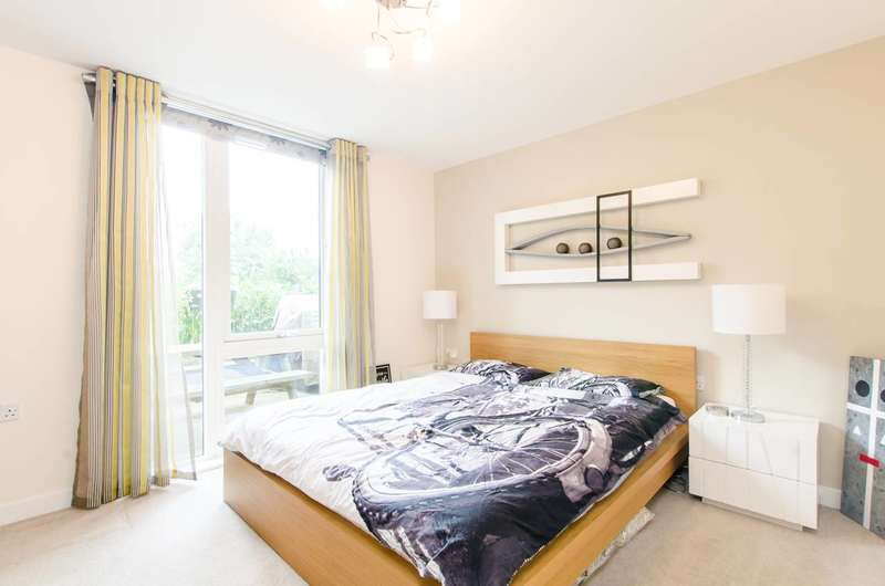 1 Bedroom Flat for sale in Robsart Street, Stockwell, SW9