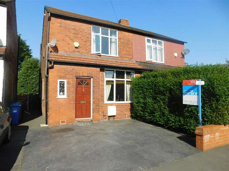 2 Bedrooms Property for sale in Huntley Road, Cheadle Heath, Stockport