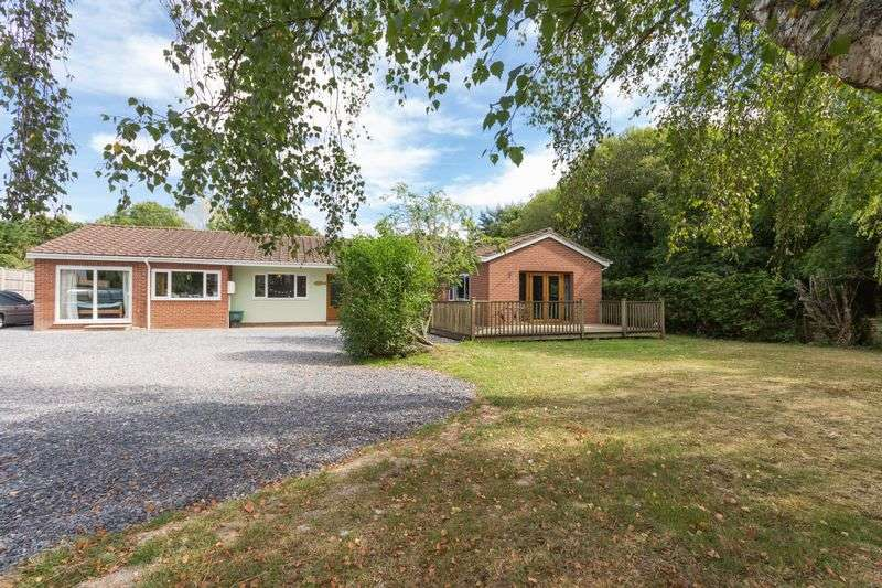5 Bedrooms Detached House for sale in Liverton, Newton Abbot