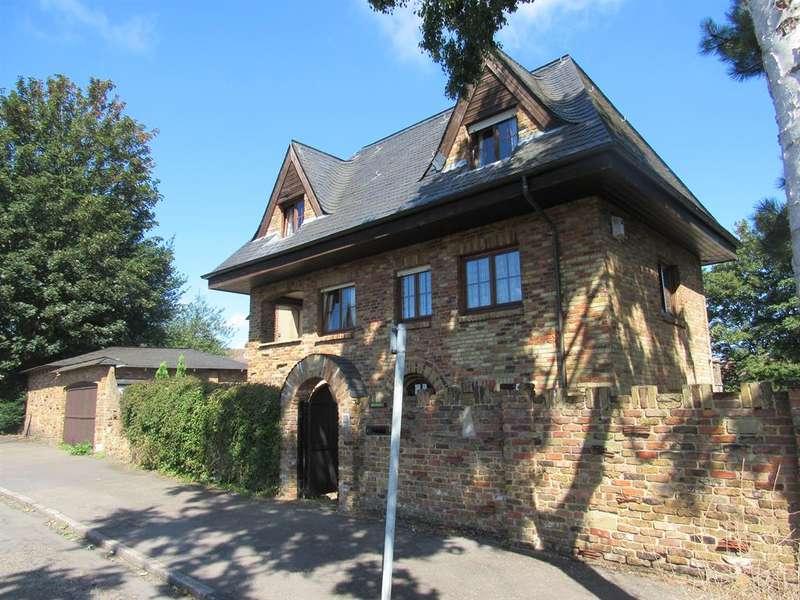 4 Bedrooms Detached House for sale in Bridges Lane, Beddington, Surrey, CR0 4SG