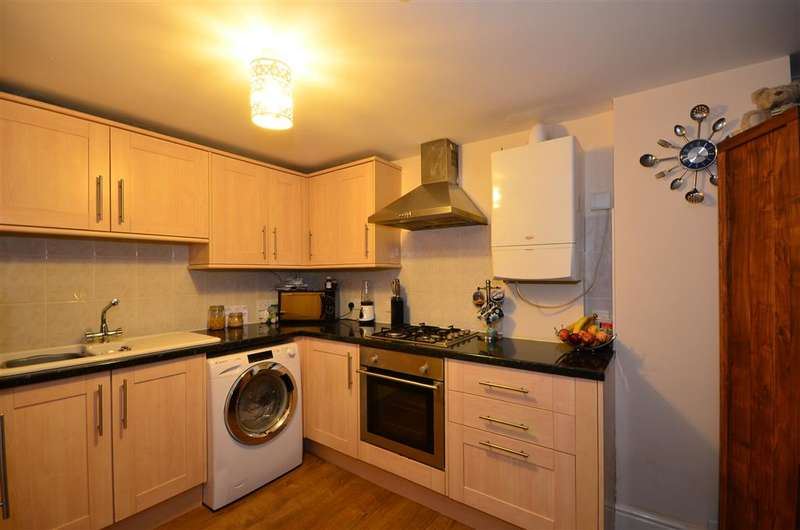 2 Bedrooms Apartment Flat for sale in St. Mildreds Road, Ramsgate, Kent