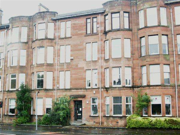 2 Bedrooms Flat for sale in 170 Kings Park Road 0/2, Glasgow