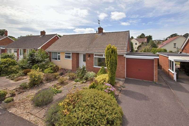 2 Bedrooms Detached Bungalow for sale in Chestnut Close, Wellington
