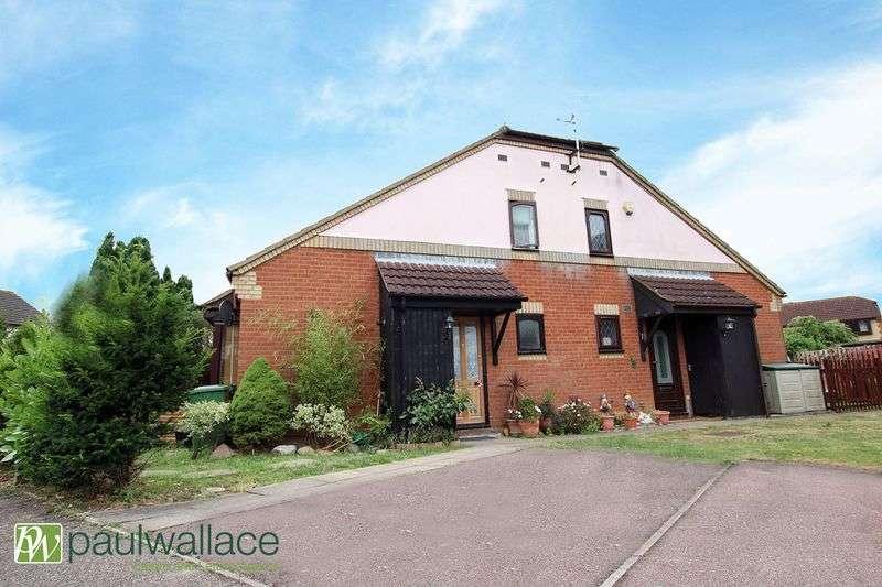 1 Bedroom Terraced House for sale in Cassandra Gate, Cheshunt