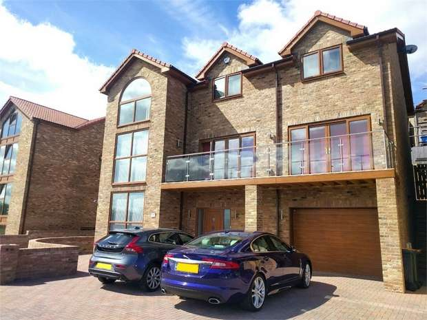 5 Bedrooms Detached House for sale in Plot 14, Abbots Close, Trinity View, Caerleon
