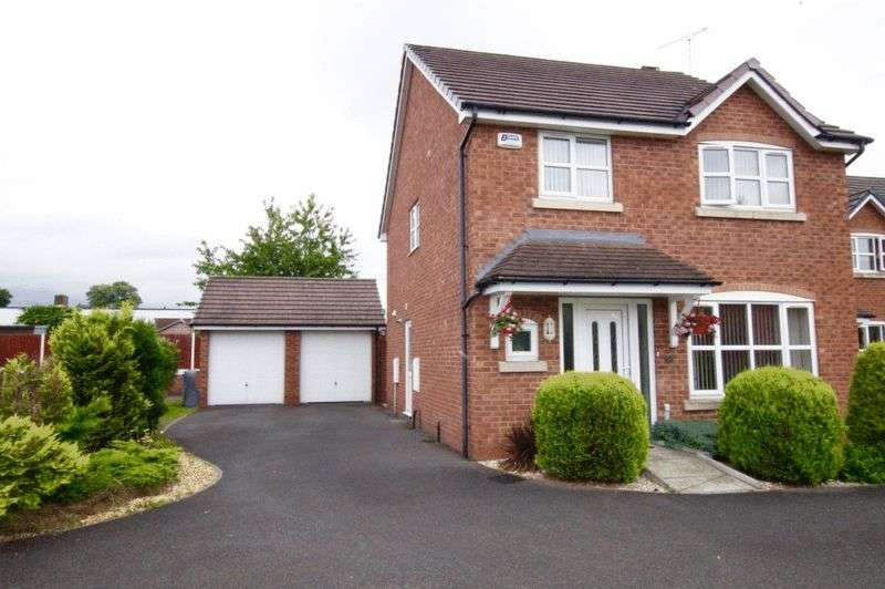 4 Bedrooms Detached House for sale in Spring Gardens, Rhosddu, Wrexham