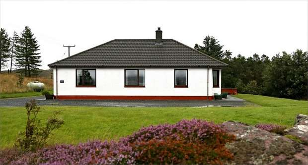 3 Bedrooms Detached House for sale in Highland, Mellon Charles, Aultbea, Achnasheen, Highland