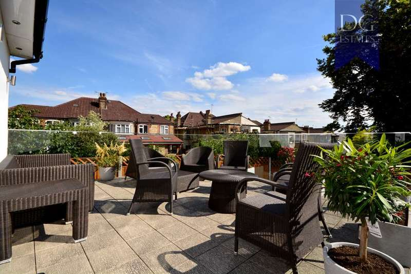 5 Bedrooms Semi Detached House for sale in Broomfield Lane, Palmers Green