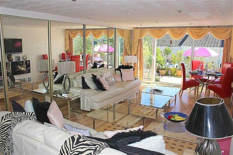 3 Bedrooms Property for sale in Llanteg Park, Llanteg, Narberth