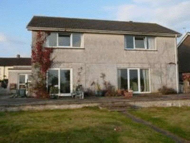 5 Bedrooms Detached House for sale in Eastbourne Road, St. Austell