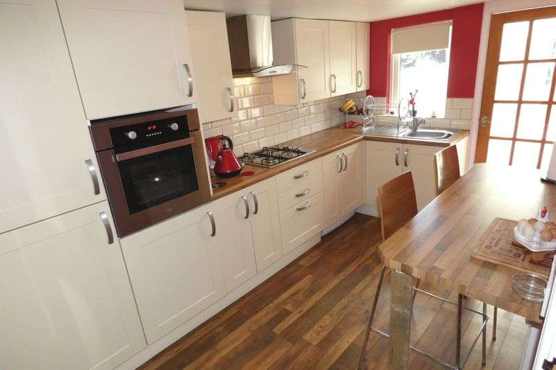 4 Bedrooms Detached House for sale in Mill Street, Swansea