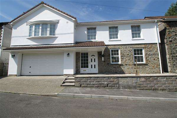 4 Bedrooms Detached House for sale in Gynor Place, Ynyshir, Porth