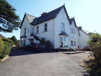 3 Bedrooms Flat for sale in Exeter Road, Honiton, Devon
