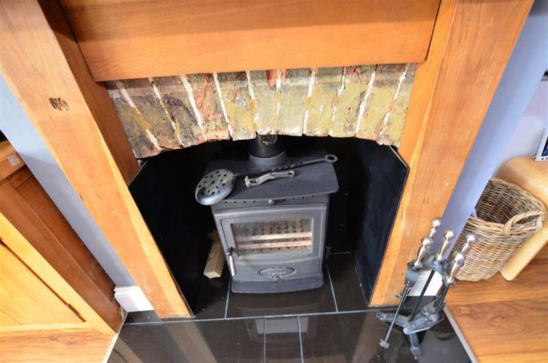 4 Bedrooms Terraced House for sale in Whitstable Road, Faversham, Kent