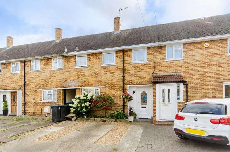 3 Bedrooms House for sale in Pentrich Avenue, Enfield, EN1