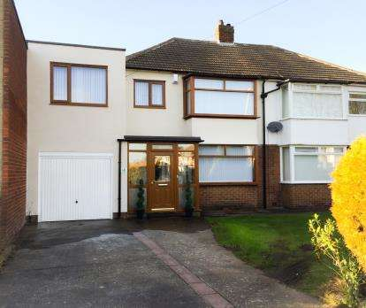 House for sale in Northfield Drive, Newcastle Upon Tyne, Tyne and Wear, NE12