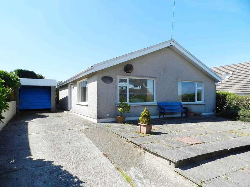2 Bedrooms Detached Bungalow for sale in Douglas James Way, Haverfordwest, Pembrokeshire