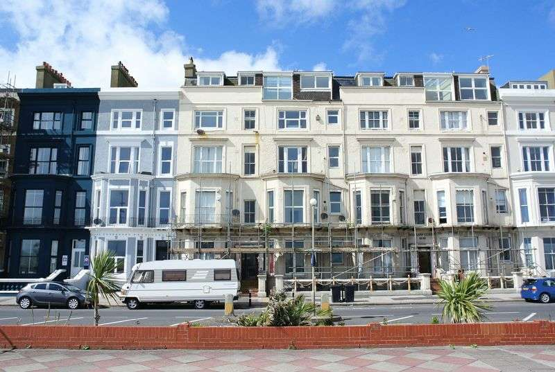 2 Bedrooms Flat for sale in Eversfield Place, St. Leonards on Sea