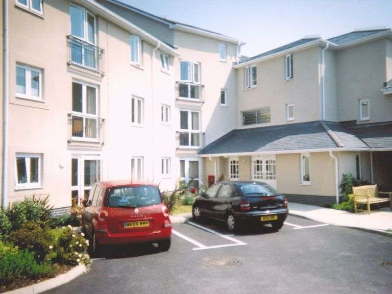 1 Bedroom Retirement Property for sale in Trafalgar Court, Penzance, TR18 2TB