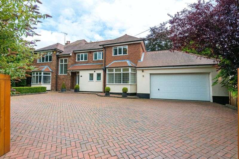4 Bedrooms Detached House for sale in The Common, Parbold